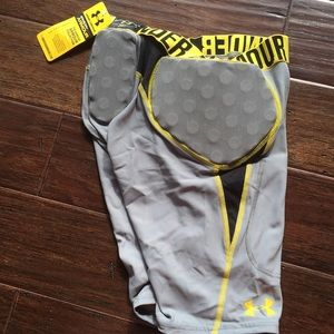 UA compression hot gear gameday armour